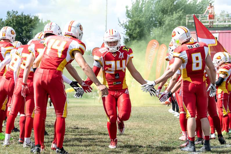 Invaders American Football
