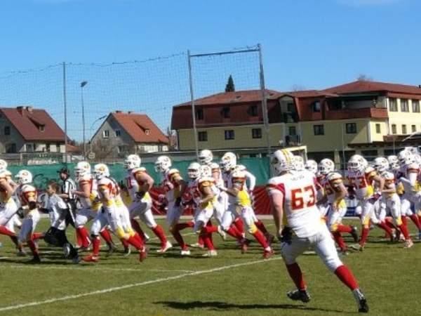 Saisonstart gegen die Carinthian Lions